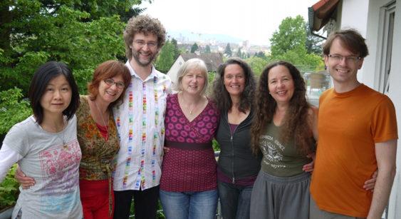 Biodanza Freiburg LehrerInnen, von links nach rechts:  Naveen, Martina, Thomas, Andrea, Claudia, Hildegard, Marc